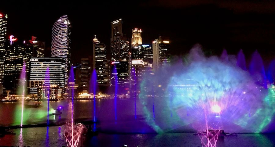 spectra-light-water-show-singapur