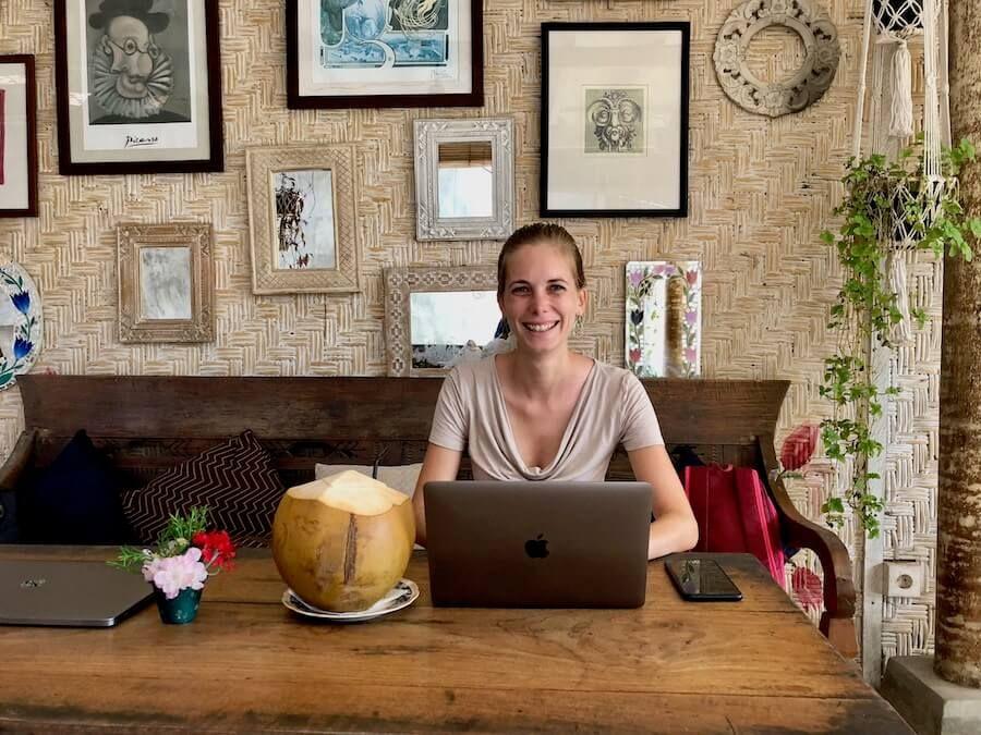 Good-Mantra-Cafe-Digitale-Nomadin